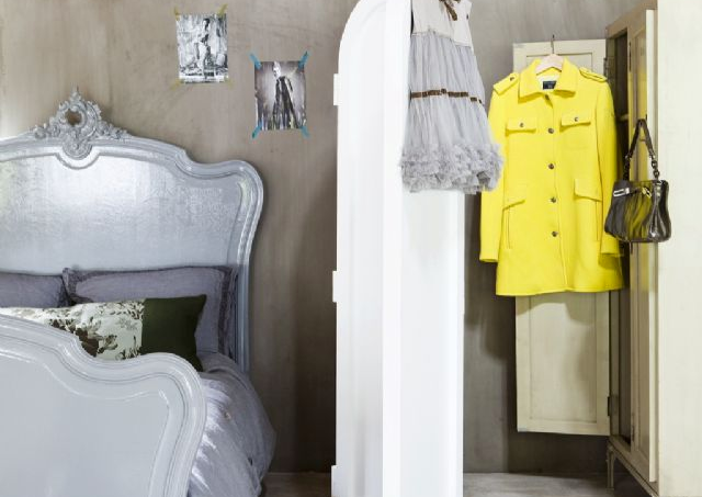 yellow-and-grey-bedroom2