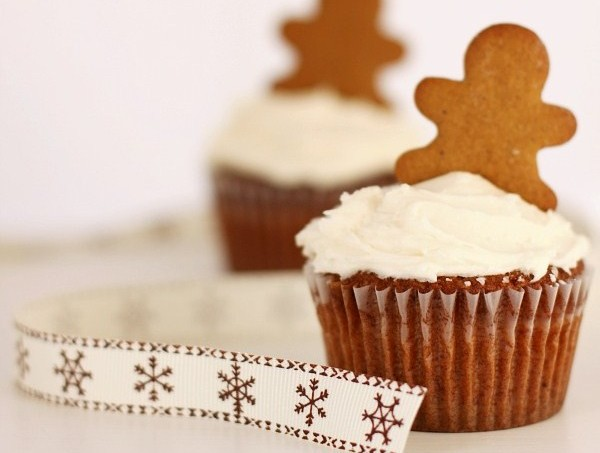 gingerbread-cupcakes-main3