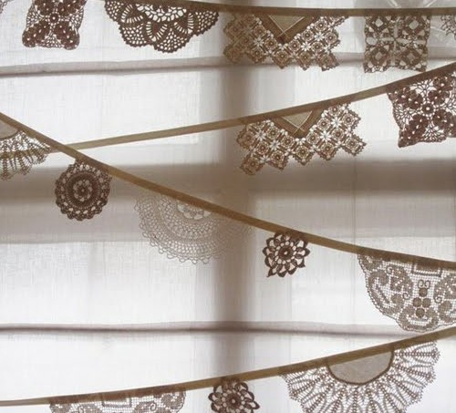 vintage-lace-doily-bunting3