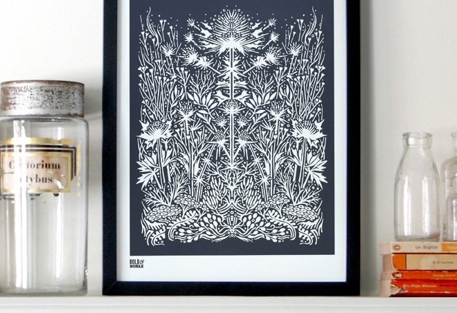 bold-and-noble-sea-holly-print11