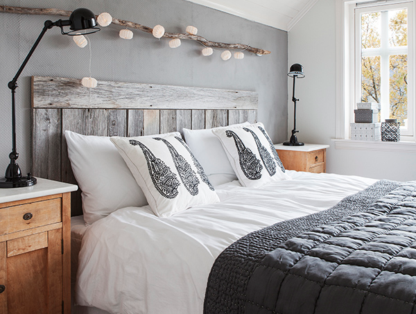 Beau How To Add Warmth And Softness To A Monochrome Bedroom