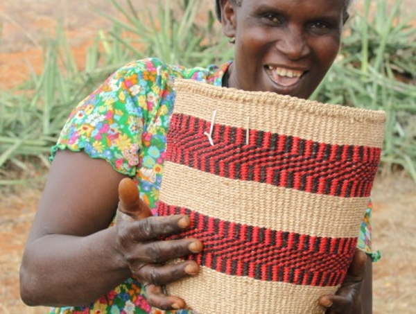 Alice makes Fair trade African baskets in Kenya for Decorator's Notebook