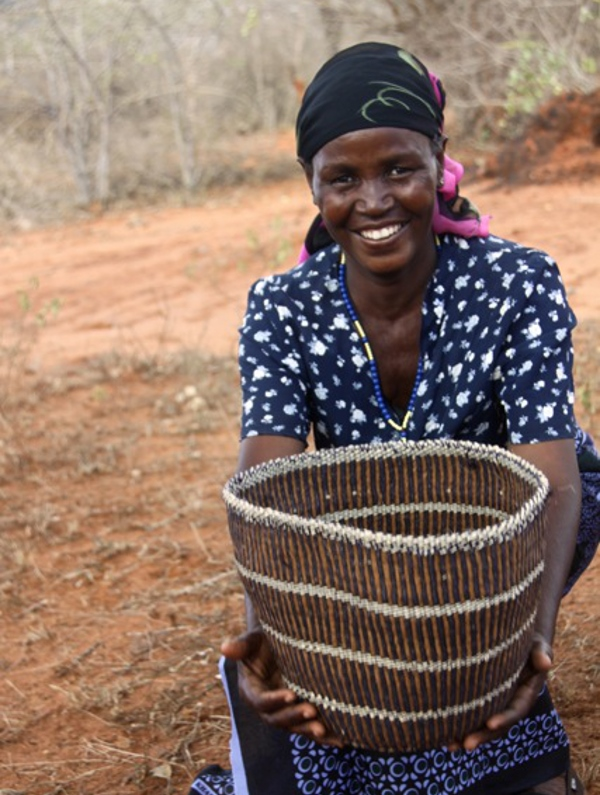 Teresia weaves baskets for Decorator's Notebook in Kenya