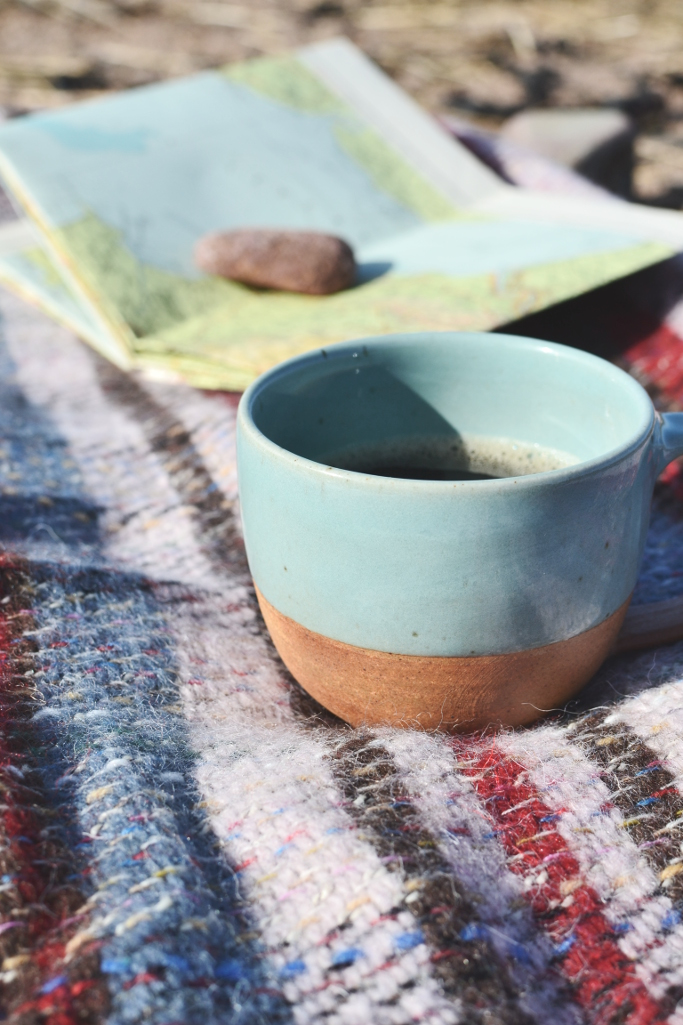 Recycled wool welsh blanket plaid heather pink dipped stoneware mug