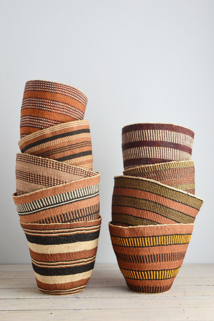 Kenyan_woven_baskets_fair_trade_natural_earth_brown