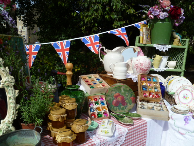 flea-market-stall-the-frome-independent