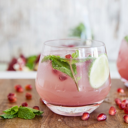 Pomegranate-gin-cocktail